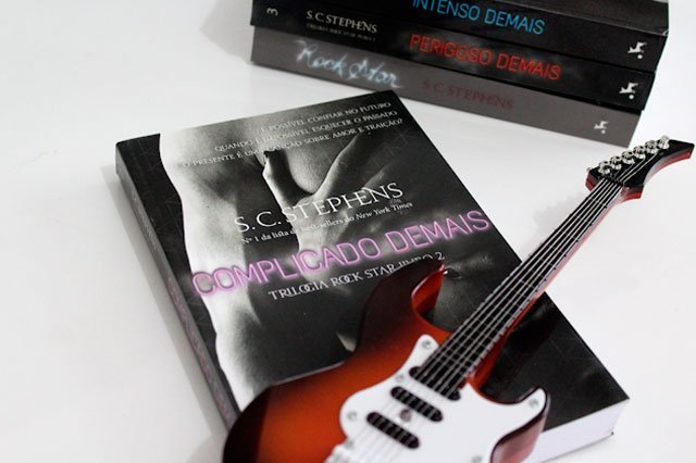 Complicado Demais - Trilogia Rock Star #02 - S.C. Stephens